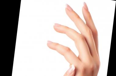 Уход за руками: простой рецепт недорогого средства для роста ногтей