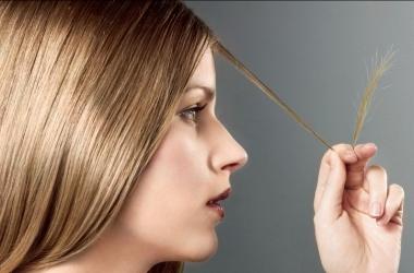 Выпадают волосы: самые простые способы укрепить волосы