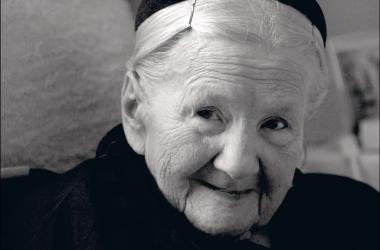 Военная история: как хрупкая женщина спасла 2500 детей (ФОТО)