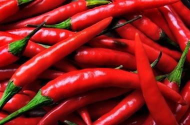 Красный перец сжигает жирок