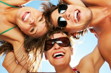 Как часто пользоваться зубной нитью: рекомендации стоматолога
