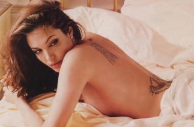 Для чего женщины делают татуировки