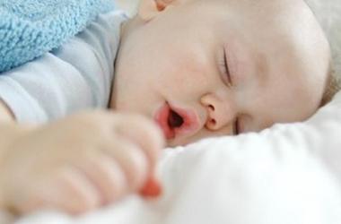 5 причин для дневного сна ребенка