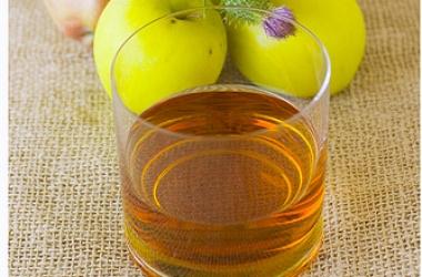 Как приговить яблочный уксус (рецепт)