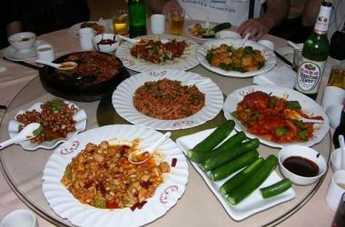 Китайская кухня: традиции, приемы и рецепты