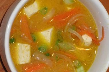 Суп с соевой пастой мисо поможет при ОРВИ
