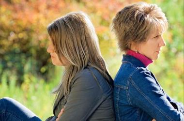 Отношения с мамой: как наладить и что ответить во время конфликта
