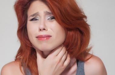 Если болит горло: какое лечение самое эффективное