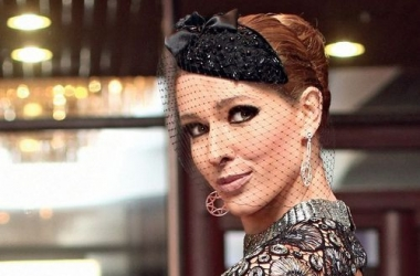 Стиль звезды: Катя Осадчая стала снегурочкой (фото)