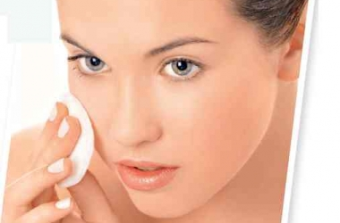 Как ухаживать за кожей, склонной к жирности