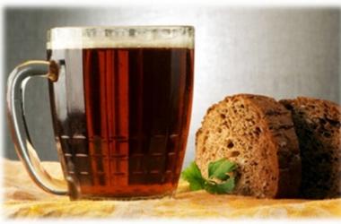Вкусный квас готовим дома: 3 лучших рецепта