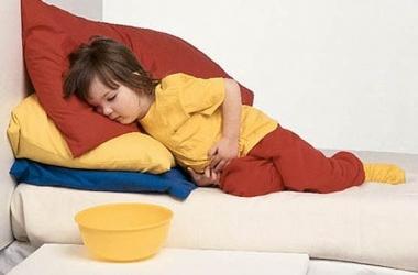 У ребенка - кишечная инфекция. Что делать?