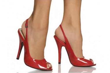 Красные туфли: с чем носить