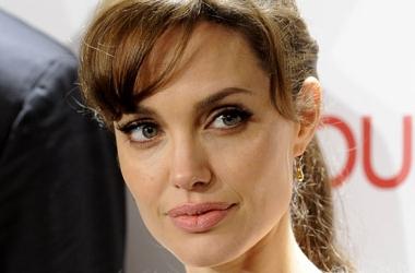 Анджелина Джоли раскрыла свои секреты красоты