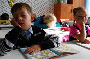 Чем грозит хроническое недосыпание школьнику