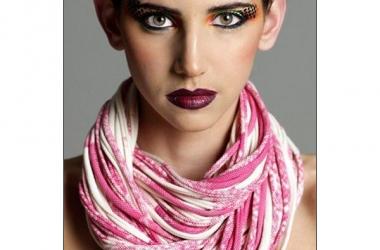 Хит сезона - шарф-неклюш (фото)