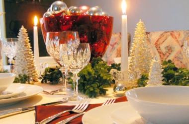 Вкусные салаты на Новый год 2015: рецепты для новогоднего стола в год Козы