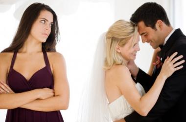 Ученые: каждый пятый брак - любовный треугольник