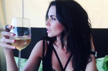 Настя Каменских показала фото до и после похудения: певица очень изменилась
