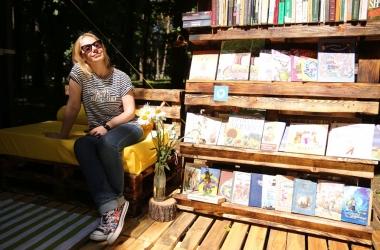 Литературные выходные на Арт-Пикнике: встречи с писателями, чтения, литературный спектакль и квесты