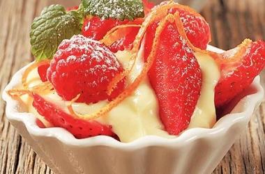 Очень простой рецепт десерта из ягод по-французски