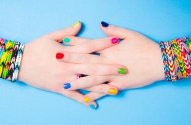 Как сделать браслет из резинок: красивый национальный сувенир