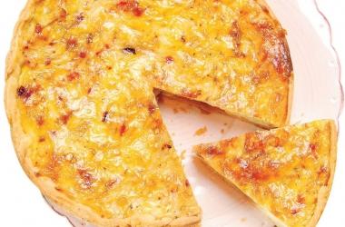 Французский луковый пирог: рецепт с легким дрожжевым тестом