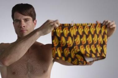 Эволюция мужских плавок: видео взорвало сеть