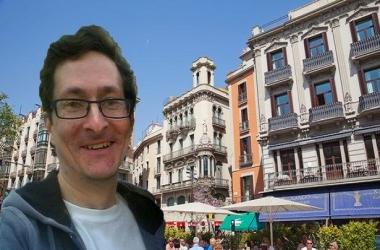 Англичанин переселился в Барселону и каждый день летает в Лондон на работу