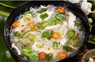 Рецепт дня с Ширатаки: Вьетнамский суп с вермишелью (пошаговый рецепт с фото)