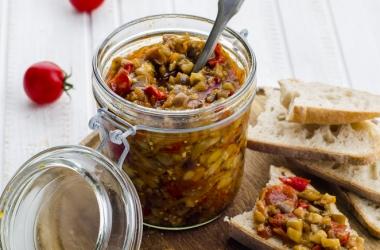 Рецепт баклажанной икры: легко и вкусно