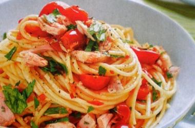 Рецепт дня с Ширатаки: Спагетти с тунцом (пошаговый рецепт с фото)