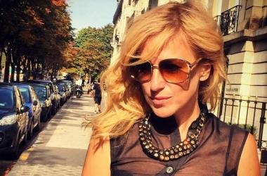 Актриса Ирина Гринева опубликовала фото в купальнике: потрясающая фигура