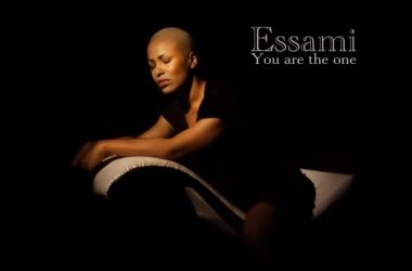 Гайтана побрилась налысо, сменила имя и записала песню в новом стиле (видео)