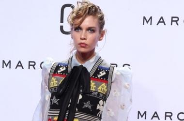 Мода весна-лето 2016: Марк Джейкобс - самый яркий, скандальный и безумный показ на Неделе моды в Нью-Йорке 2015