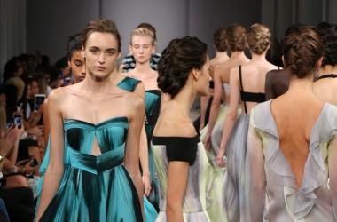 Мода весна-лето 2016: J.Mendel - микс нежности и роскоши на Неделе моды в Нью-Йорке 2015