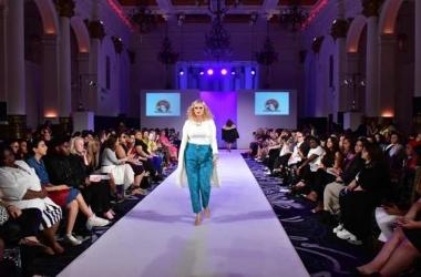 Мода весна-лето 2016 для полных женщин на Неделе моды в Лондоне 2015