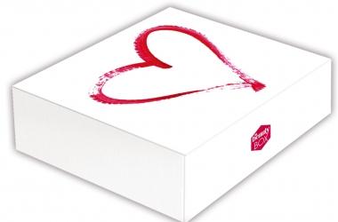 Viva! Beauty Box: 7 актуальных бьюти-продуктов по выгодной цене!