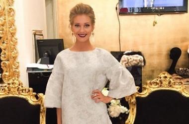 Кристину Асмус госпитализировали в больницу: актрисе срочно требуется операция (фото)