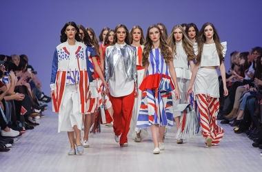 Ukrainian Fashion Week: яркая женская одежда от Яны Беляевой