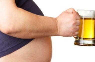 Почему у мужчин растет живот и как это предотвратить