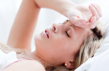 Почему по утрам болит голова?
