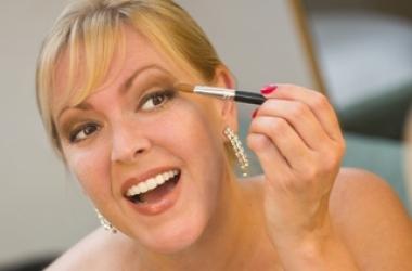 Топ-7 ошибок в макияже, которые тебя старят (фото)