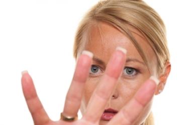 Как корректно отказать человеку: советы психолога
