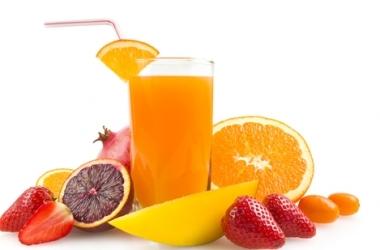 Какой сок полезно пить по утрам