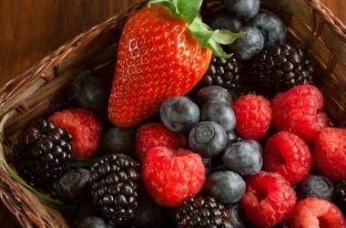 5 летних продуктов, которые продлят молодость