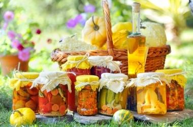 Консервация: овощное ассорти