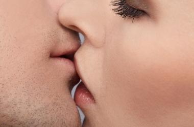 Мастер-класс по поцелуям