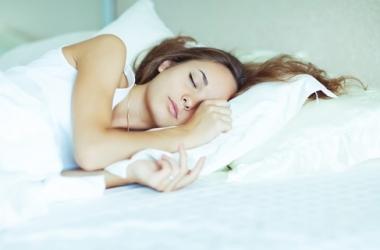 Отсыпаться в выходные не только бесполезно, но и вредно