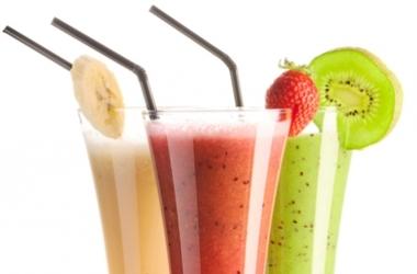3 овощных коктейля, которые помогут избавиться от жира